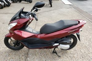 PCX150 KF18-11UP